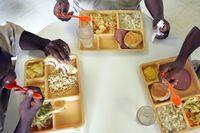 Tahanan di Inggris Dilarang Makan Bubur Demi Alasan Keamanan