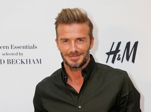 David Beckham Diam-diam Suka Memakai Makeup Victoria