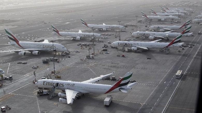 Ilustrasi Bandara Dubai (AFP Photo/Karim Sahib)