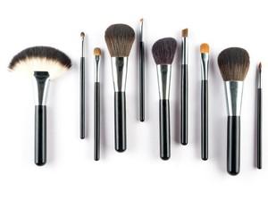 Infografis: Mengenal 7 Jenis Kuas Makeup dan Fungsinya