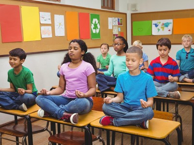 Ini Lho, Bun, Manfaat Yoga Buat Anak-anak