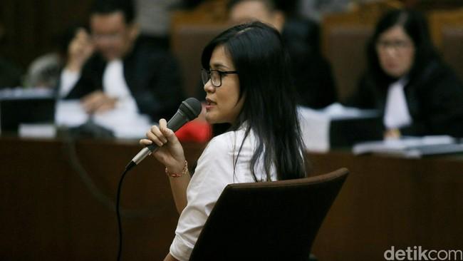 Tawa Tangis Jessica Wongso dan Curhatan Mirna