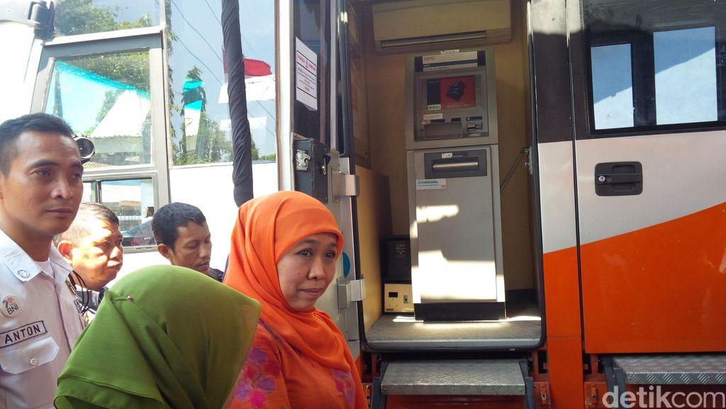 Mensos Luncurkan Program E-Warung di Probolinggo