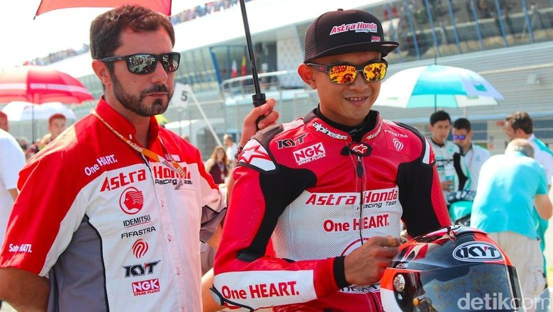 Dimas Ekky saat membalap di CEV Jerez, Spanyol Foto: Dadan Kuswaraharja
