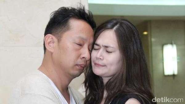 Couple Goals! Mesranya Ringgo Agus Rahman dan Sabai Morscheck