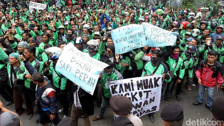 Driver Go-Jek Demo, 3 Jalan di Kemang Dialihkan