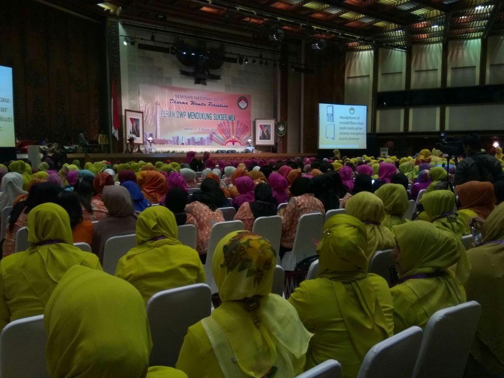 Acara Seminar Nasional Dharma Wanita Persatuan (Andhika/detikcom)