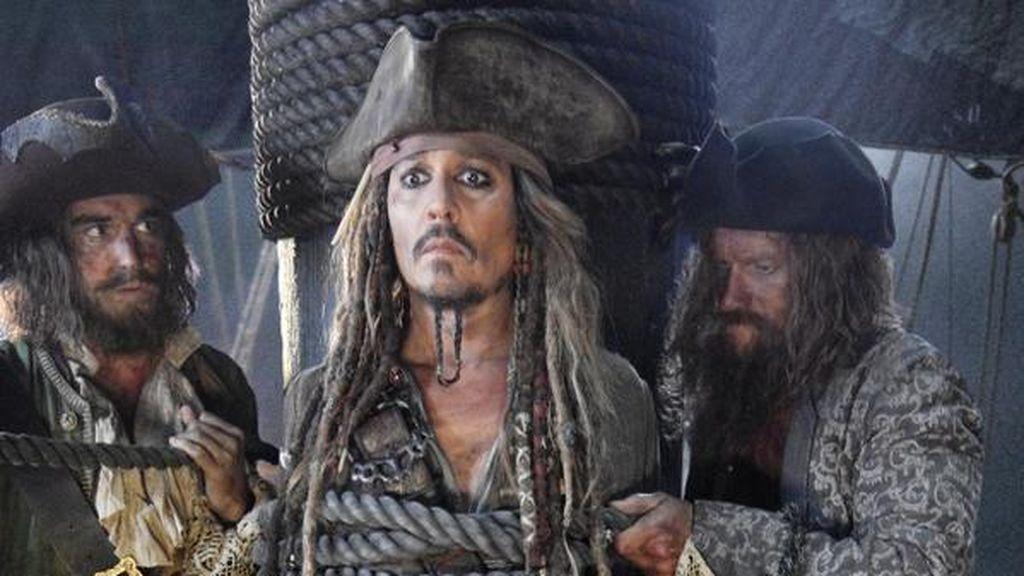 Hacker Ancam Disney Mau Sebar Film Pirates of the Caribbean