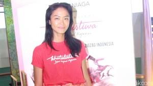 Dari Modelling, Kelly Tandiono Kecanduan Main Film