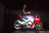 Nicky Hayden dan Honda CBR1000RR Fireblade
