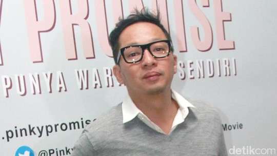 Gaya Kocak Ringgo Agus Rahman