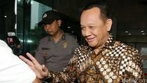 Ulah Terbaru Buron KPK Nurhadi: Tukar Uang Rp 3 Miliar-Pindah-pindah Masjid
