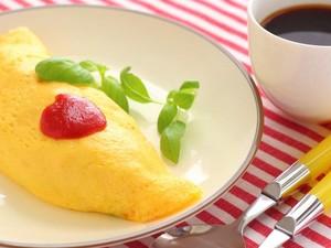 5 Langkah Membuat Omelet yang Creamy Lembut