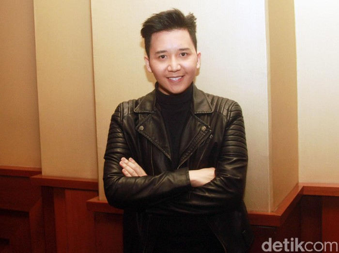 Rangga SM*SH saat ditemui di press screening film Pinky Promise