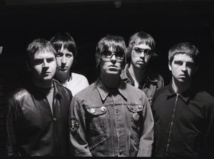 Dear Noel, Liam Gallagher Masih Ingin Bersama Oasis