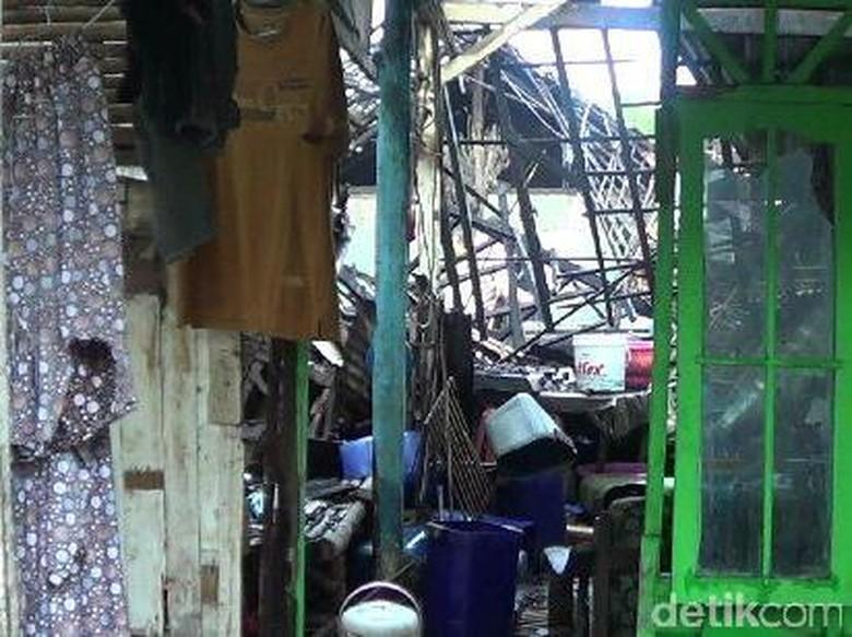 Gas Ketel Produksi Tahu Meledak, 7 Rumah Hancur dan 3 Pekerja Kritis