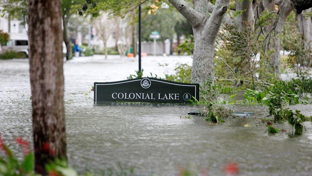 Diterjang Topan Matthew, Kota Charleston Banjir