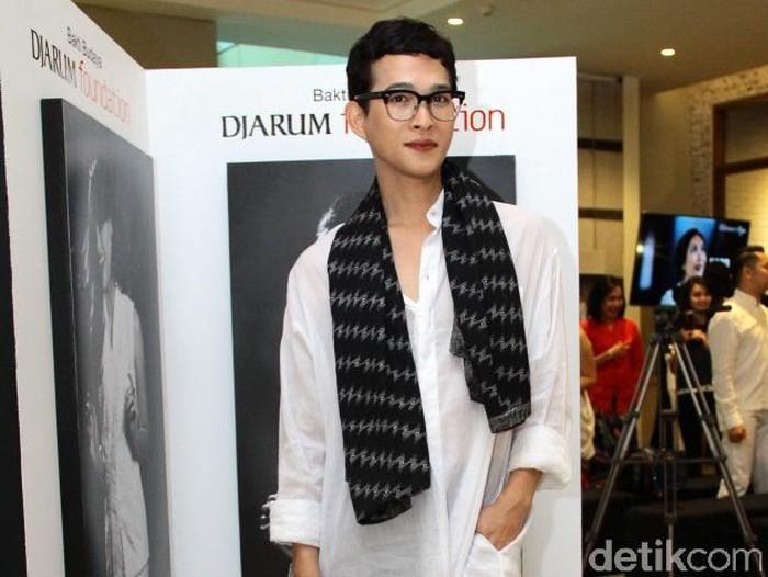 Desainer Oscar Lawalata. Foto: Ismail/detikHOT