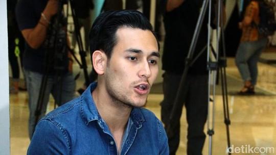 Para Seniman di Ulang Tahun Ke-3 Galeri Indonesia Kaya