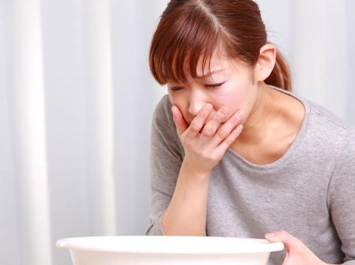 Selain diare gejala lain yang bisa muncul dari gastroenteritis adalah mual, muntah, serta demam tinggi. (Foto: Thinkstock)