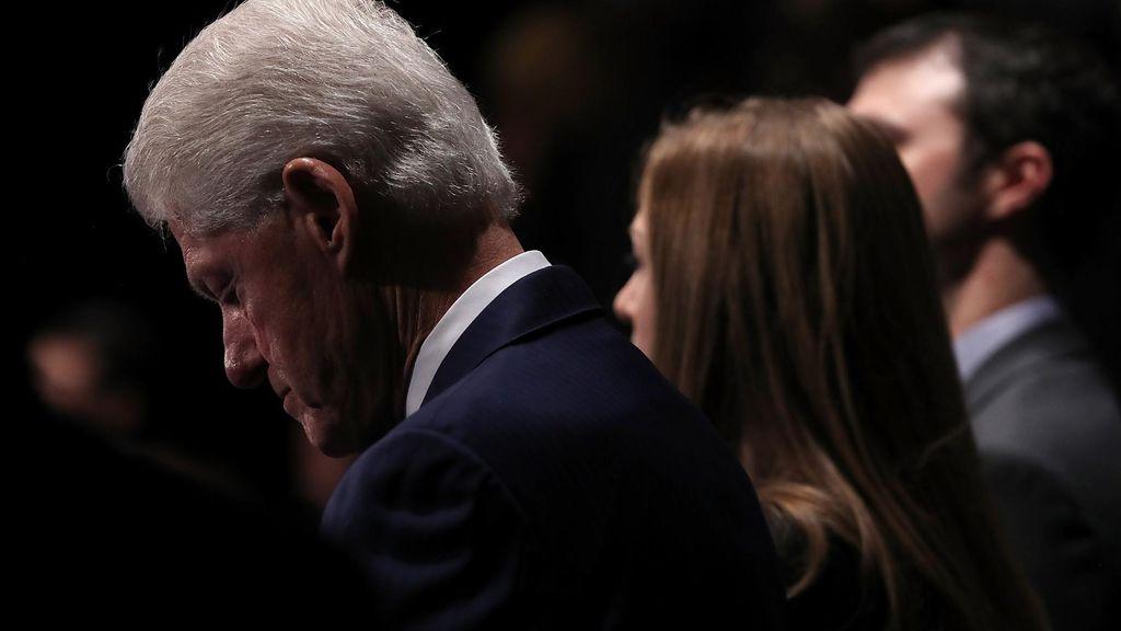 Para Perempuan yang Menembak Clinton