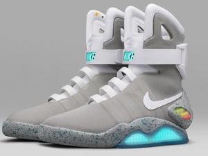 Sepatu Back to the Future Dibeli dengan Harga Rp 1,3 Miliar