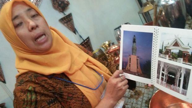 Mimik Sriningsih, seorang seniman wanita asal Cepogo, Boyolali, Jawa Tengah