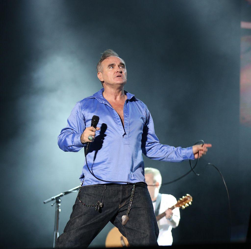 Konser Morrissey Dihentikan Karena Diserang Penonton?