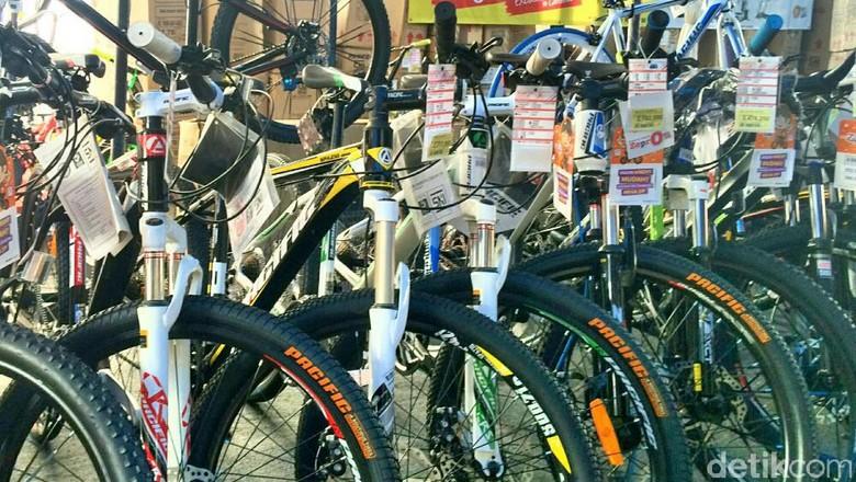 Promo Sepeda Pacific Di Transmart Carrefour Cempaka Putih
