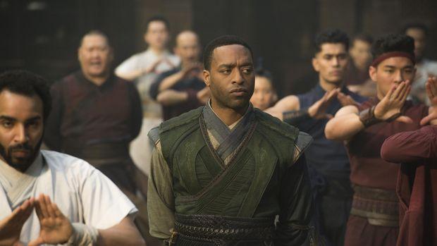 Bertemu Chiwetel Ejiofor, Pemeran Baron Mordo di 'Doctor Strange'