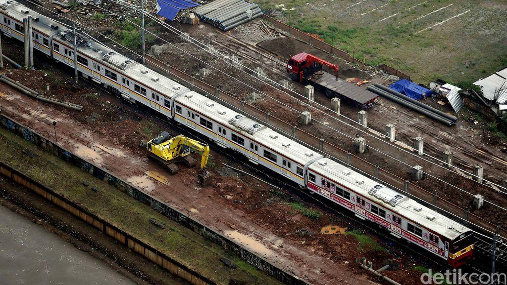 Kereta Bandara Soetta Berangkat dari Stasiun Manggarai