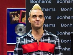 Robbie Williams Suntik Botox dan Filler Demi Awet Muda di Usia 42
