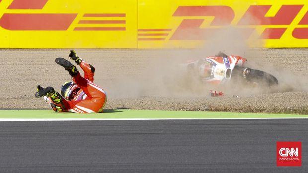 Hector Barbera sempat menunggangi Ducati sebagai pebalap pengganti.