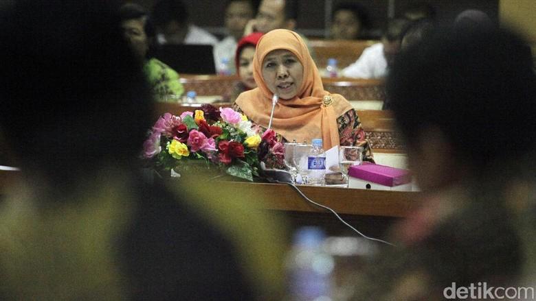 Mensos Rapat Dengan Komisi VIII DPR