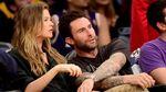 Romantisnya Adam Levine dan Behati Prinsloo di Tengah Isu KDRT