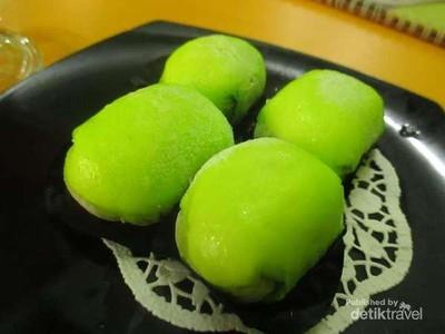 Dari Pancake Durian Sampai Bolu Meranti, Oleh-oleh Lezat dari Medan