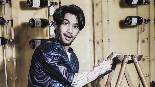 Sepak Terjang Keberhasilan Karier Reza Rahadian di Industri Perfilman