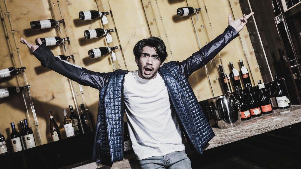 Berapa Penghasilan Reza Rahadian Sebagai Aktor Laris Saat Ini?