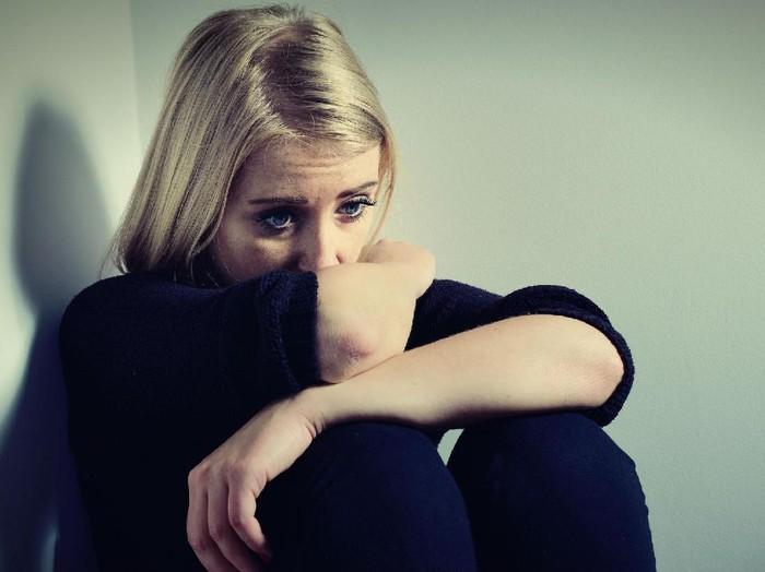 ilustrasi fokus Wolipop, wanita sedih