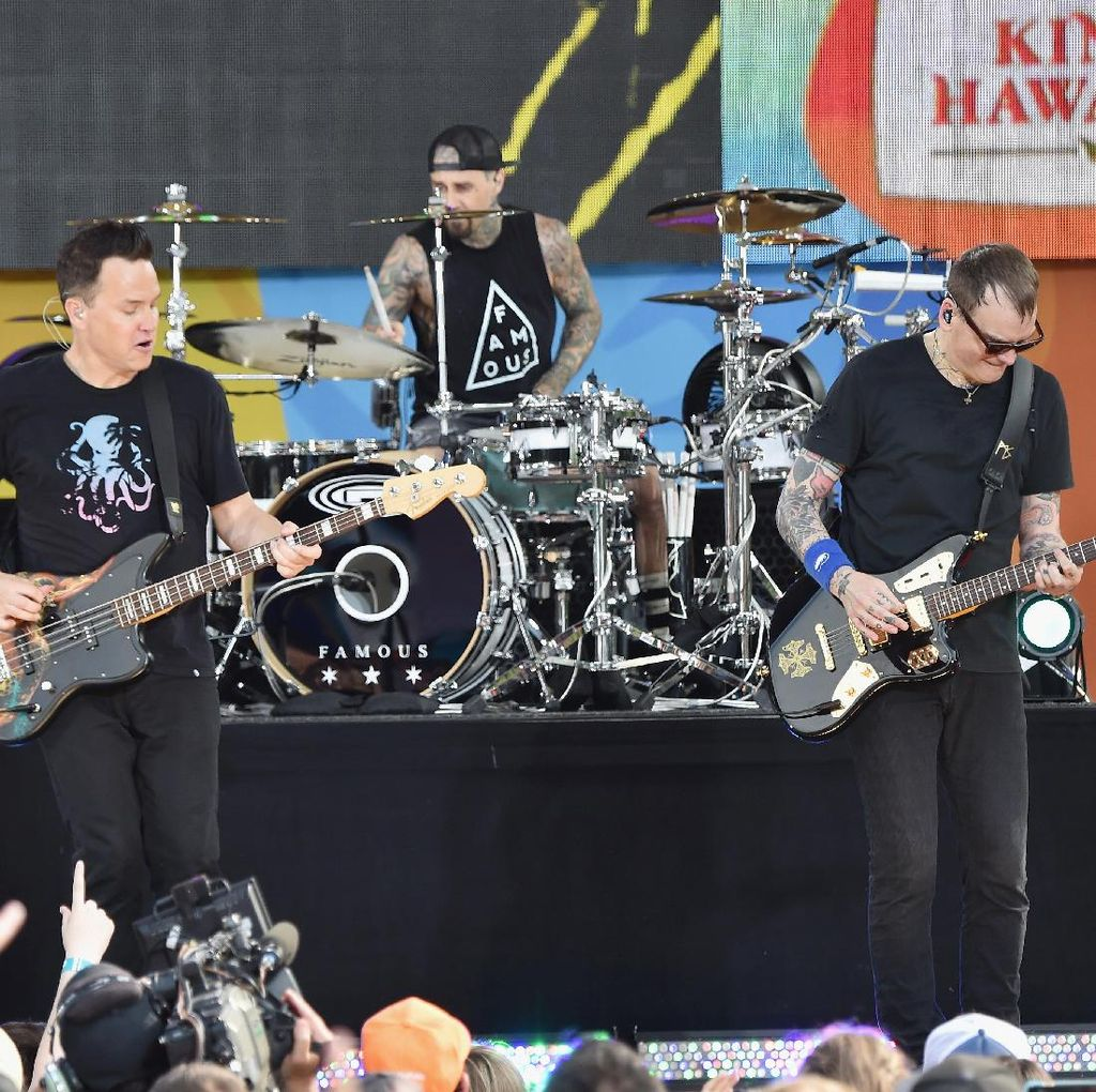 Kabar Bahagia! Tom DeLonge Disebut Reuni Blink 182