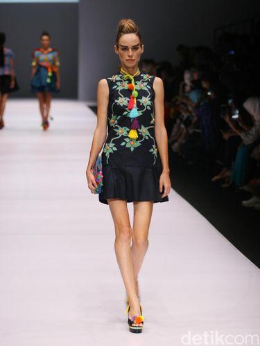 Wajik dan Kuda Lumping 'Kediri' Jadi Inspirasi Busana di Jakarta Fashion Week