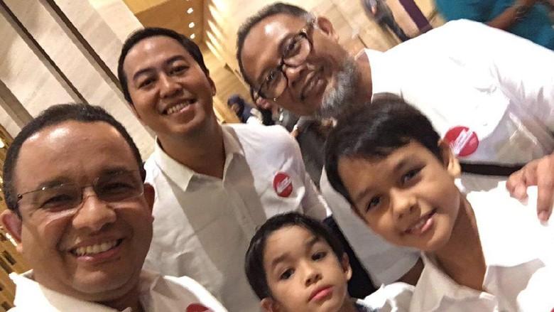 Melihat Kedekatan Anies Baswedan dengan Bambang Widjojanto