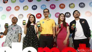 Lenovo dan Moto Ingin Kuntit Samsung dan Apple