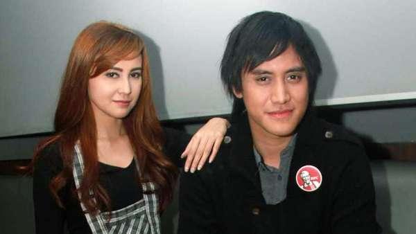 Kevin Aprilio dan Vicy Melanie, Makin Mesra Aja!