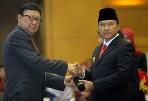 Gubernur Gorontalo Bela Para Istri Gemuk yang Rawan Dicerai PNS