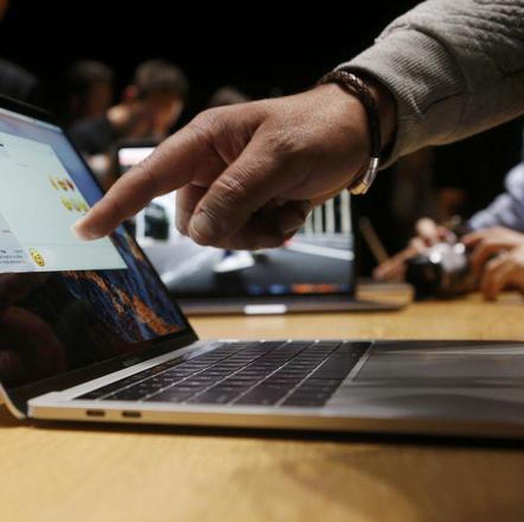 Apple Akui Keyboard MacBook Cacat