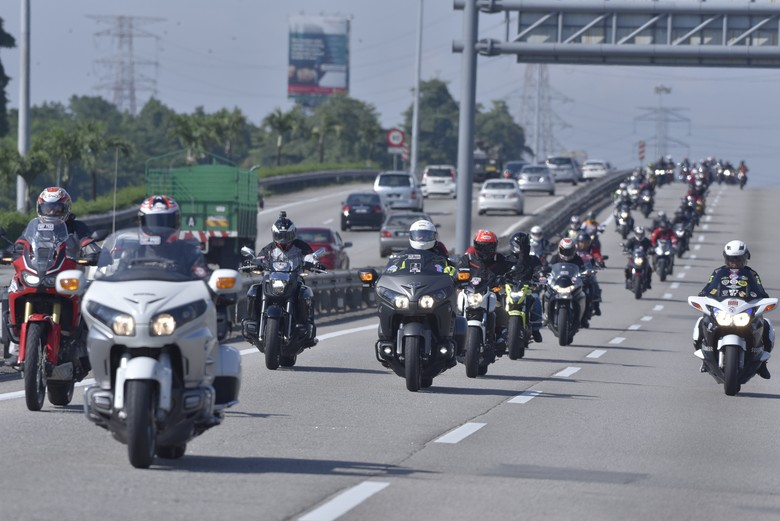 Touring moge Honda dari Phuket Thailand menuju Sepang, Malaysia