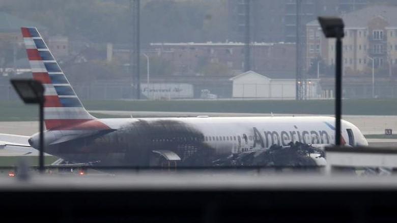 American Airlines Terbakar