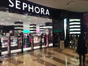 Viral, Seorang Anak Hancurkan Palet Eyeshadow di Sephora Senilai Rp 17 Juta