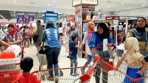 Hari Terakhir Promo 3 Hari Grand Opening Transmart Carrefour Pondok Gede